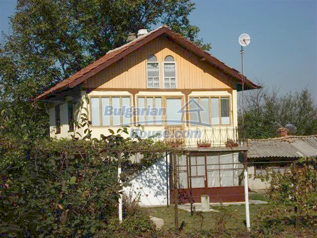 10140:2 - Cheap bulgarian house for sale, furnished and fully renovated on