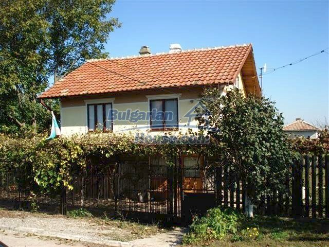 10140:3 - Cheap bulgarian house for sale, furnished and fully renovated on