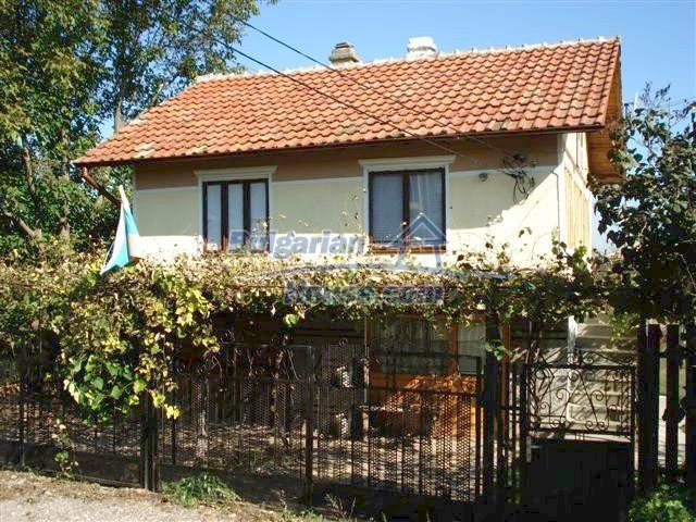 10140:4 - Cheap bulgarian house for sale, furnished and fully renovated on