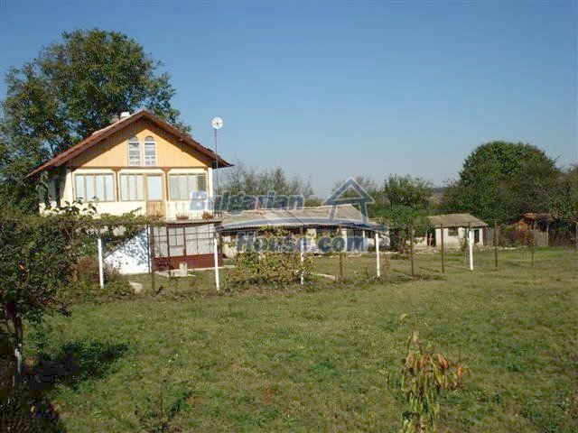 10140:8 - Cheap bulgarian house for sale, furnished and fully renovated on