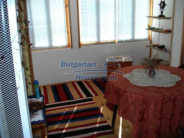 10140:24 - Cheap bulgarian house for sale, furnished and fully renovated on