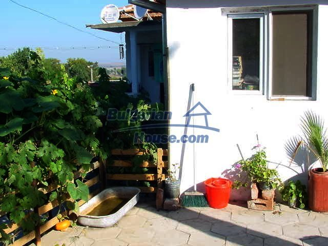 10153:4 - Three bulgarian properties for sale for the price of one in Elho