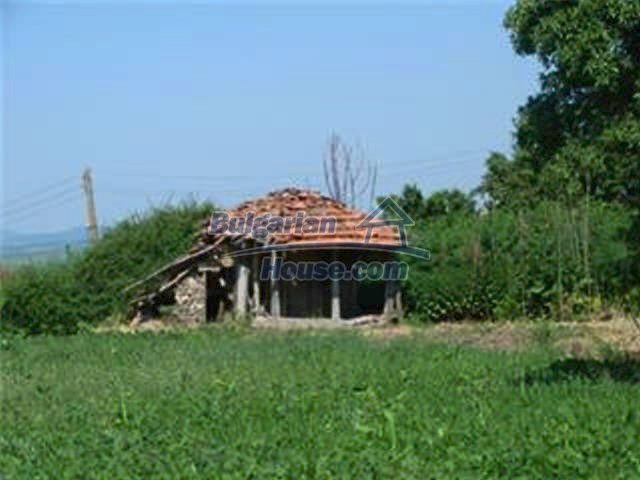 10153:35 - Three bulgarian properties for sale for the price of one in Elho