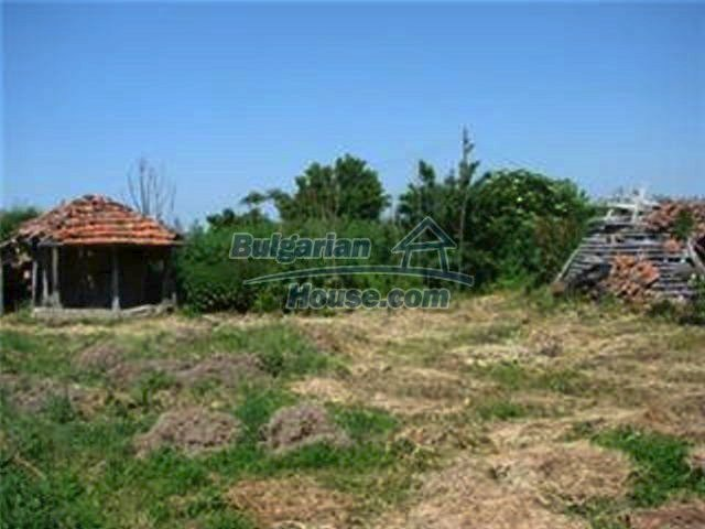 10153:36 - Three bulgarian properties for sale for the price of one in Elho