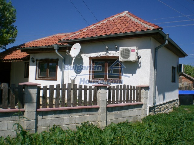 10138:11 - Fully Furnished and renovated Bulgarian House near Varna