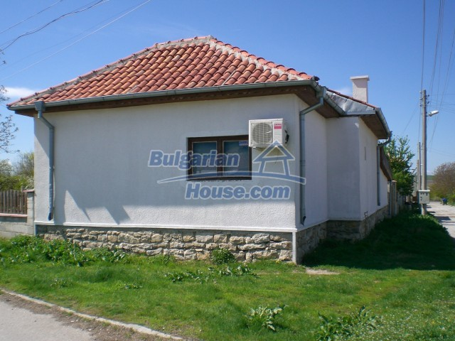 10138:12 - Fully Furnished and renovated Bulgarian House near Varna