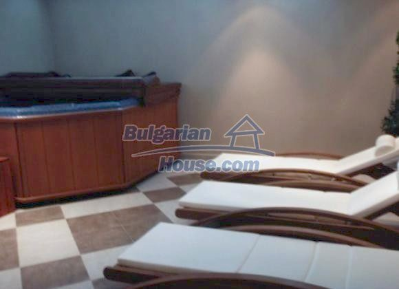 10160:2 - Sophisticated & alluring bulgarian apartment for sale in Bansko