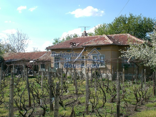 10208:2 - Cheap Bulgarian property for sale near Black Sea coast and Varna