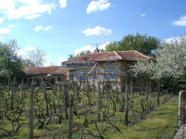10208:3 - Cheap Bulgarian property for sale near Black Sea coast and Varna