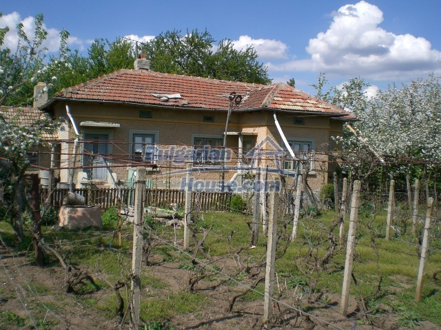 10208:7 - Cheap Bulgarian property for sale near Black Sea coast and Varna