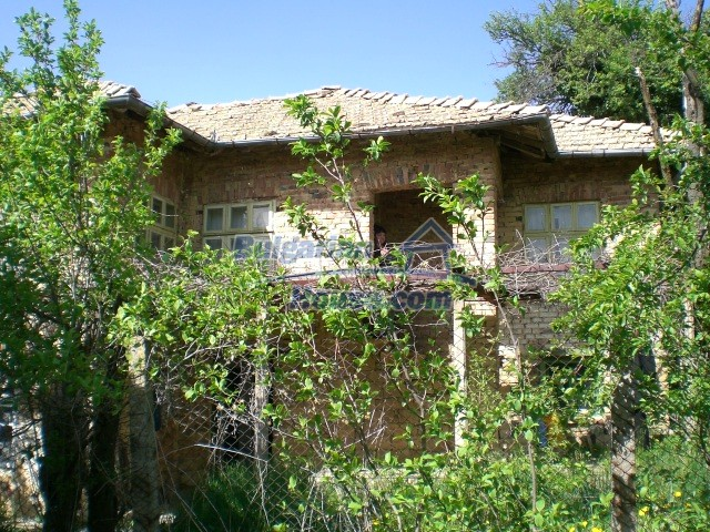 10236:3 - House in veliko tarnovo region only 2km from lake