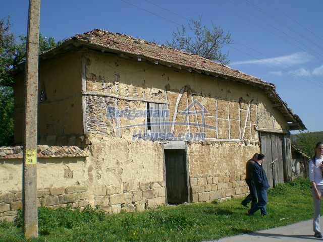10236:6 - House in veliko tarnovo region only 2km from lake