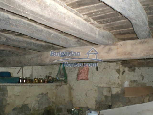 10236:11 - House in veliko tarnovo region only 2km from lake