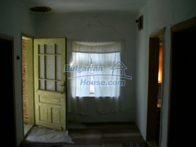 10236:19 - House in veliko tarnovo region only 2km from lake