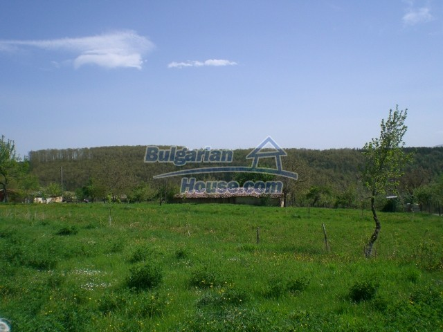 10236:25 - House in veliko tarnovo region only 2km from lake