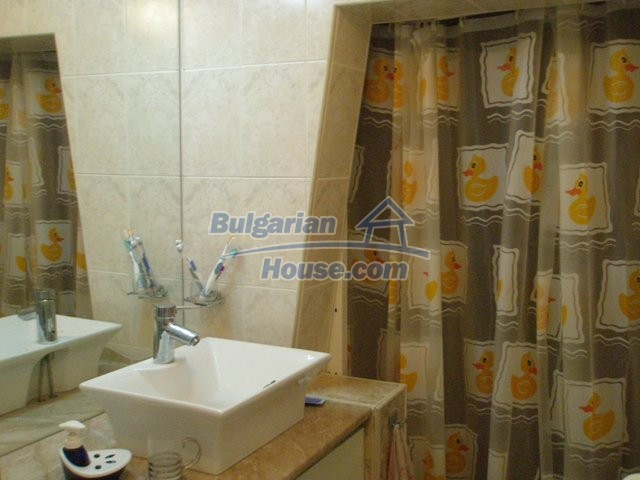 10254:13 - Brick built two bedromm bulgarian apartment for sale in Plovdiv