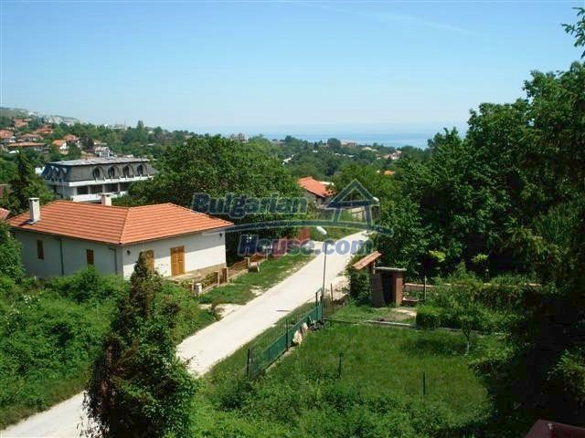 10261:7 - House in Bulgaria for sale only 600m away from the sea