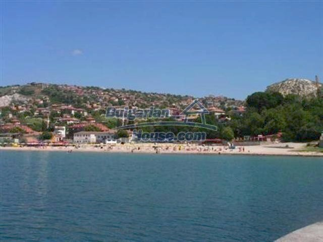10261:36 - House in Bulgaria for sale only 600m away from the sea