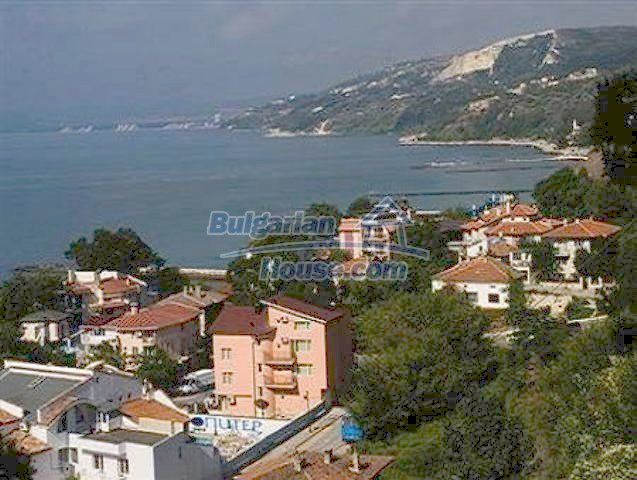 10261:38 - House in Bulgaria for sale only 600m away from the sea