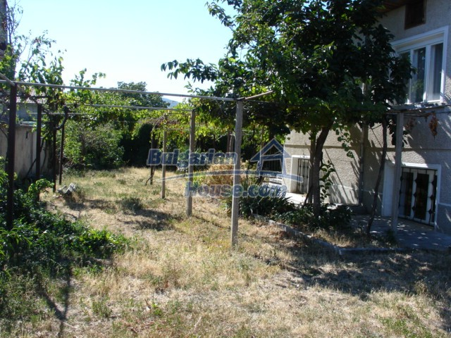 10270:9 - Renovated bulgarian property for sale near dam lake