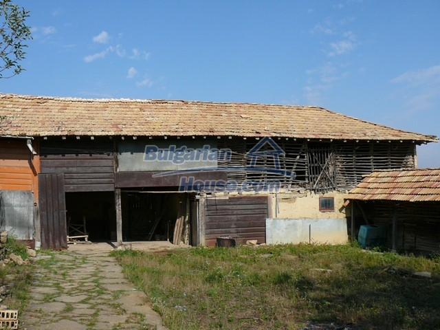 10277:7 - Cheap bulgarian house for sale with magnificent mountain views,