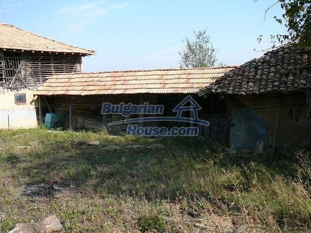 10277:8 - Cheap bulgarian house for sale with magnificent mountain views,