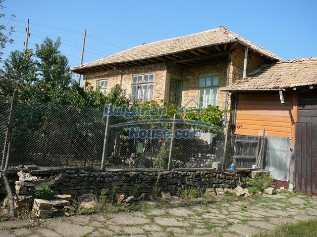 10277:11 - Cheap bulgarian house for sale with magnificent mountain views,