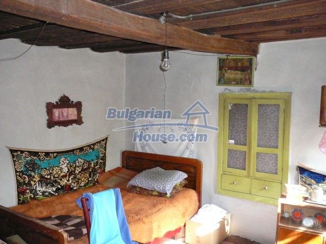10277:13 - Cheap bulgarian house for sale with magnificent mountain views,