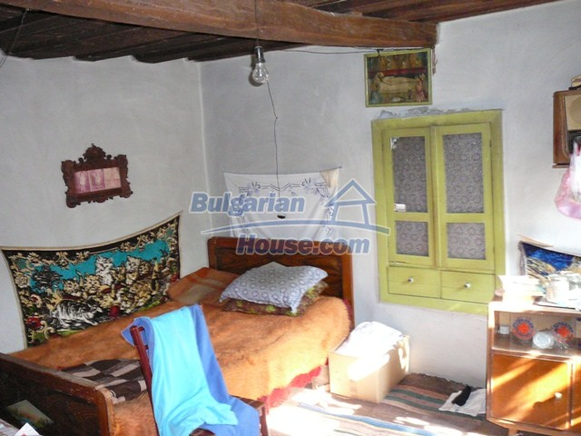 10277:14 - Cheap bulgarian house for sale with magnificent mountain views,