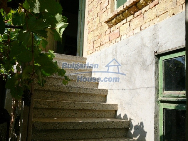 10277:16 - Cheap bulgarian house for sale with magnificent mountain views,
