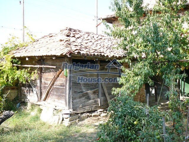 10277:10 - Cheap bulgarian house for sale with magnificent mountain views,