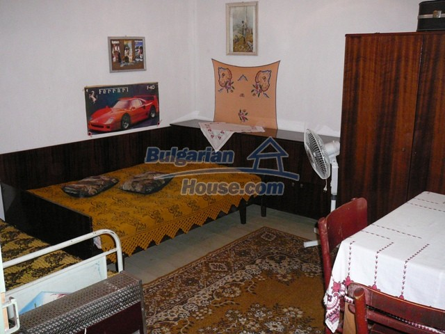 10277:20 - Cheap bulgarian house for sale with magnificent mountain views,