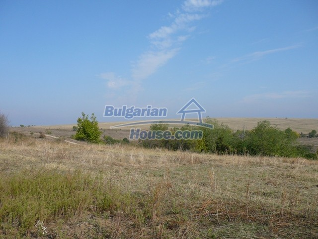 10277:30 - Cheap bulgarian house for sale with magnificent mountain views,