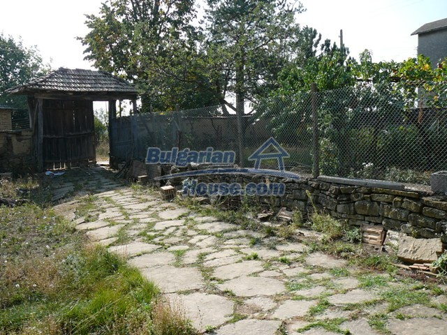 10277:32 - Cheap bulgarian house for sale with magnificent mountain views,