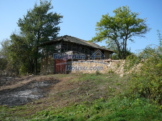 10280:8 - Buy Cheap Bulgarian house with stunning mountain view near lake