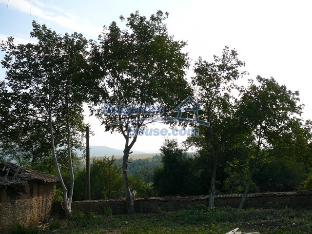 10280:9 - Buy Cheap Bulgarian house with stunning mountain view near lake