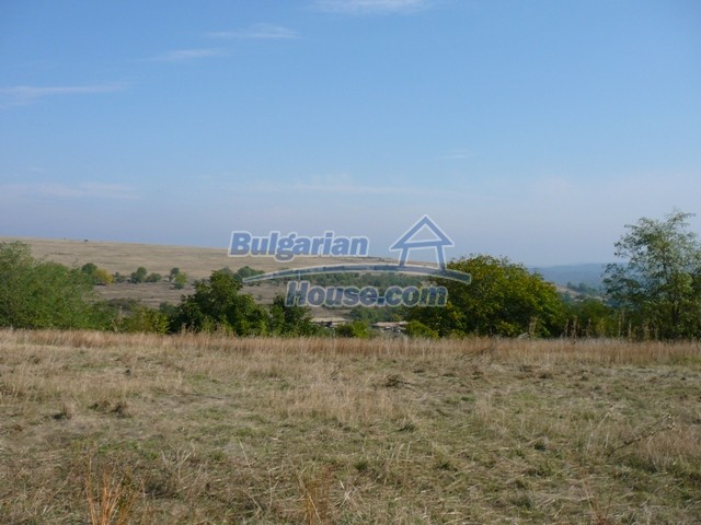 10280:12 - Buy Cheap Bulgarian house with stunning mountain view near lake