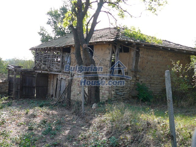 10280:13 - Buy Cheap Bulgarian house with stunning mountain view near lake