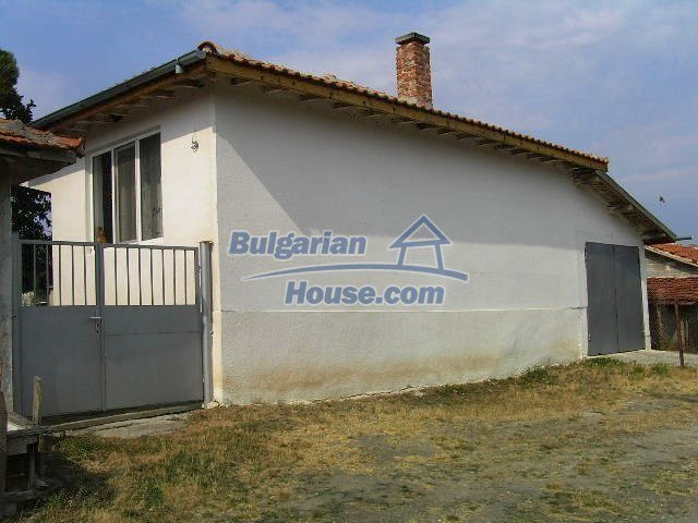 10301:3 - Nice bulgarian house for sale in a lovely countryside Yambol