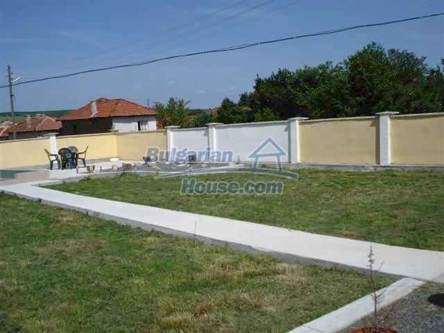 10304:27 - Charming Bulgarian house with swimming pool near Elhovo