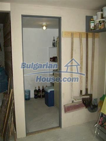 7131:23 - House in very good condition located in town of Elhovo