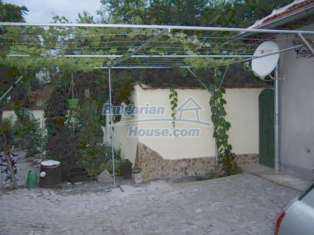 7131:18 - House in very good condition located in town of Elhovo