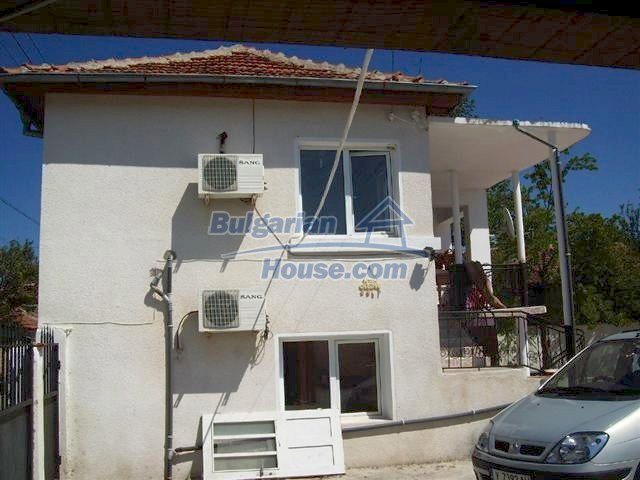 10308:1 - Renovated Bulgarian property near Elhovo with swimming pool