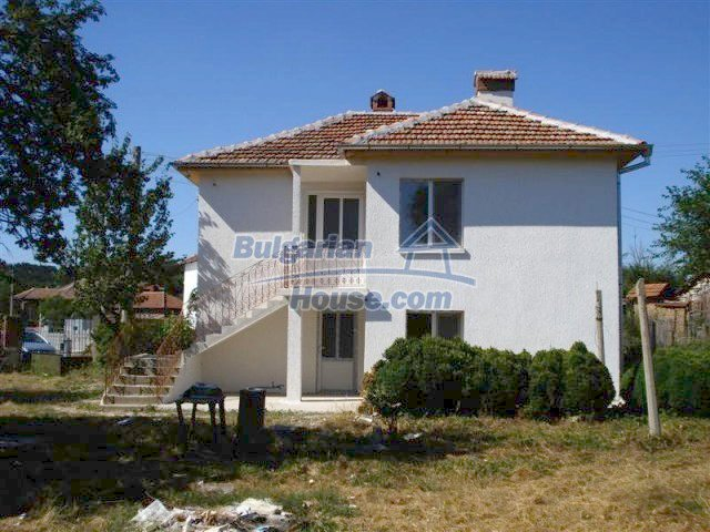 10311:1 - Cozy renovated Bulgarian properties at very low price