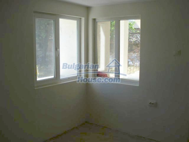 10311:12 - Cozy renovated Bulgarian properties at very low price