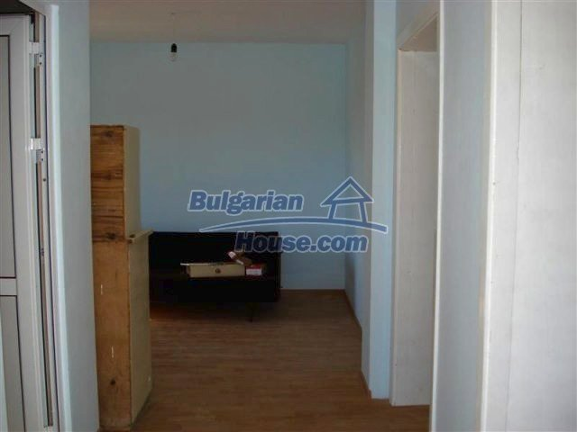 10311:22 - Cozy renovated Bulgarian properties at very low price