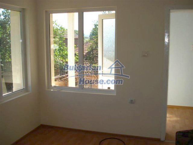 10311:29 - Cozy renovated Bulgarian properties at very low price