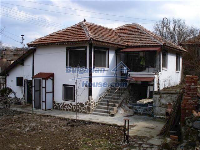 10314:1 - Renovated and furnished bulgarian house for sale near Elhovo