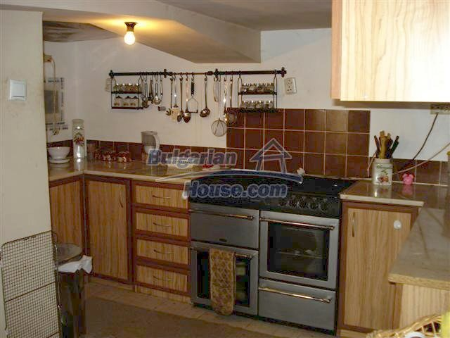 10314:11 - Renovated and furnished bulgarian house for sale near Elhovo