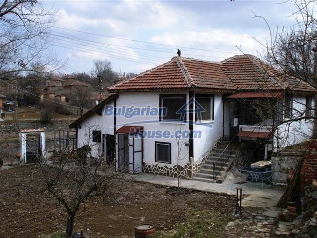 10314:2 - Renovated and furnished bulgarian house for sale near Elhovo